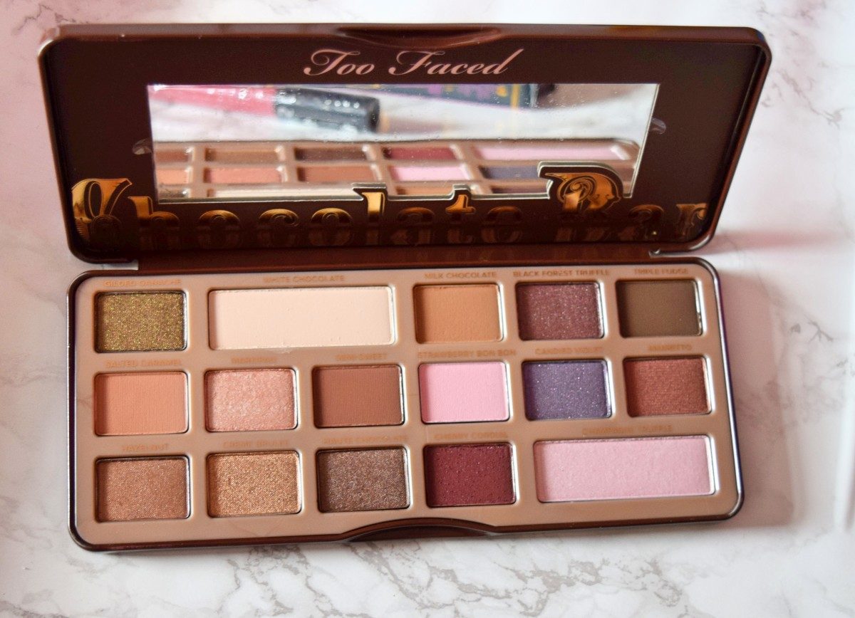 too faced chocolate bar open